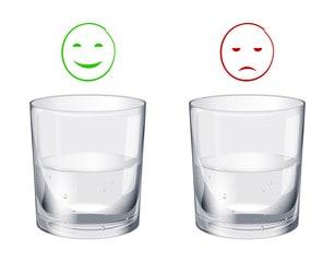 verre à moitié plein ou vide optimisme pessimisme